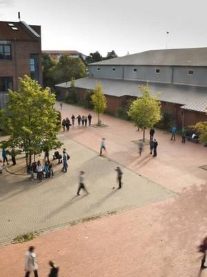 Albert- Einstein-Schule
